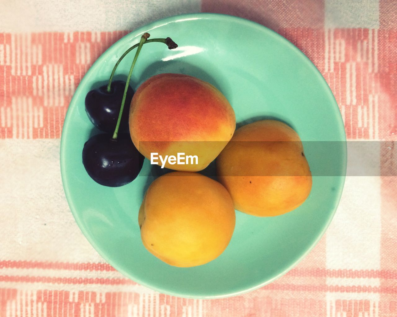 indoors, table, no people, tablecloth, food and drink, close-up, food, freshness, day, multi colored