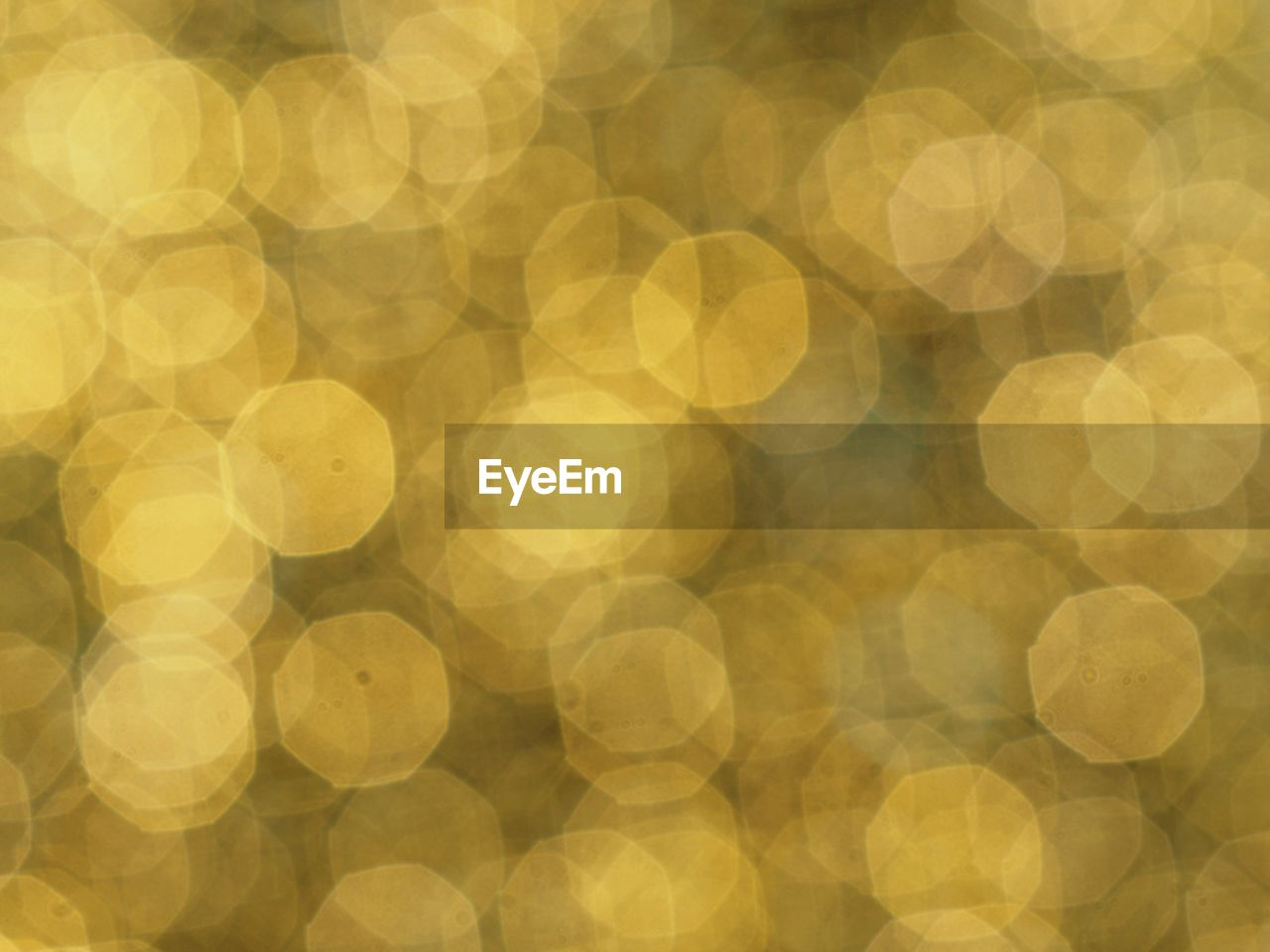 backgrounds, pattern, abstract, circle, yellow, defocused, geometric shape, full frame, illuminated, gold colored, glowing, no people, light - natural phenomenon, spotted, decoration, shape, lens flare, textured, large group of objects, abstract backgrounds, light, textured effect, bright