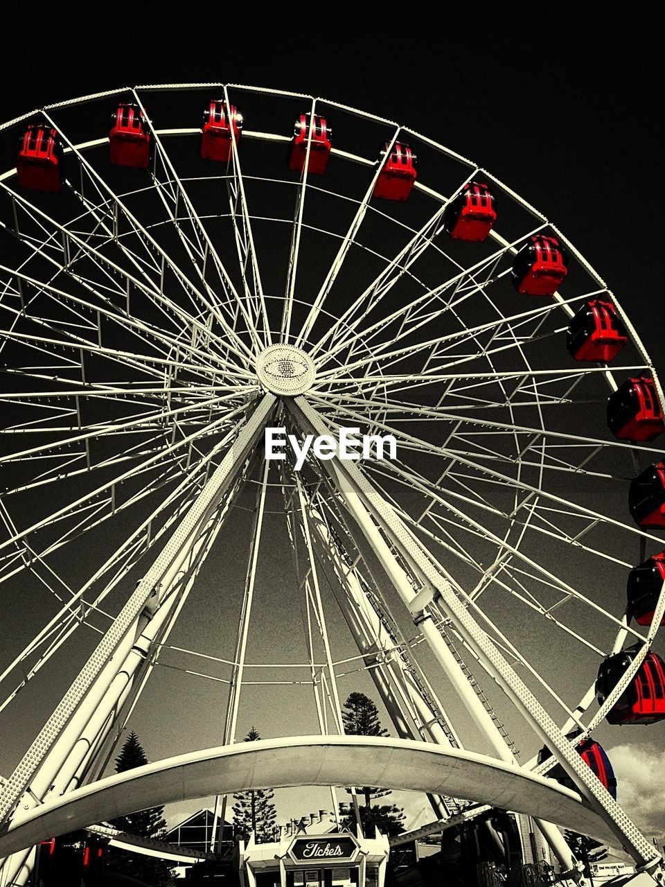 amusement park, arts culture and entertainment, ferris wheel, low angle view, no people, amusement park ride, night, outdoors, big wheel, sky, illuminated