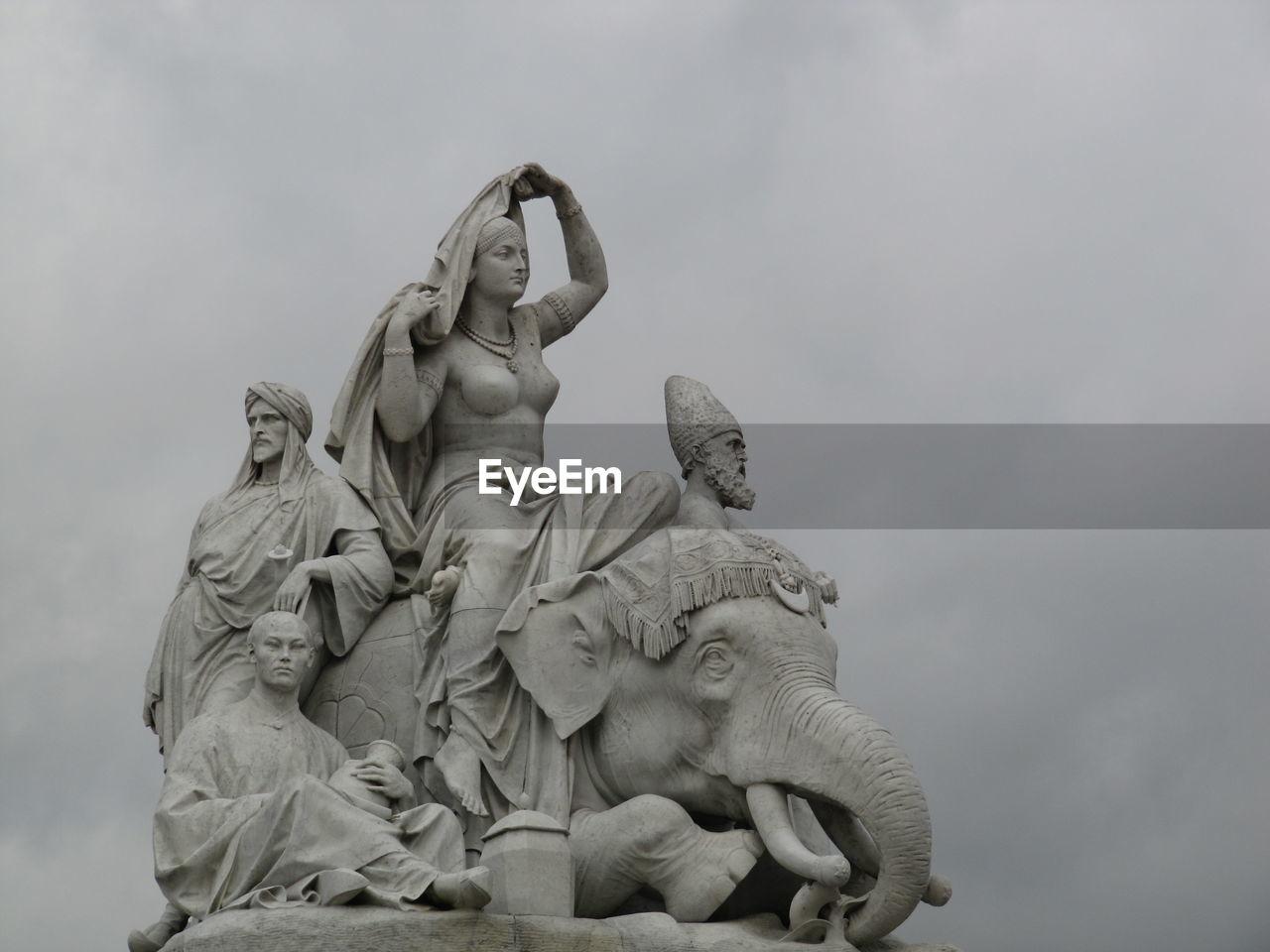 Low Angle View Of Statues At Albert Memorial