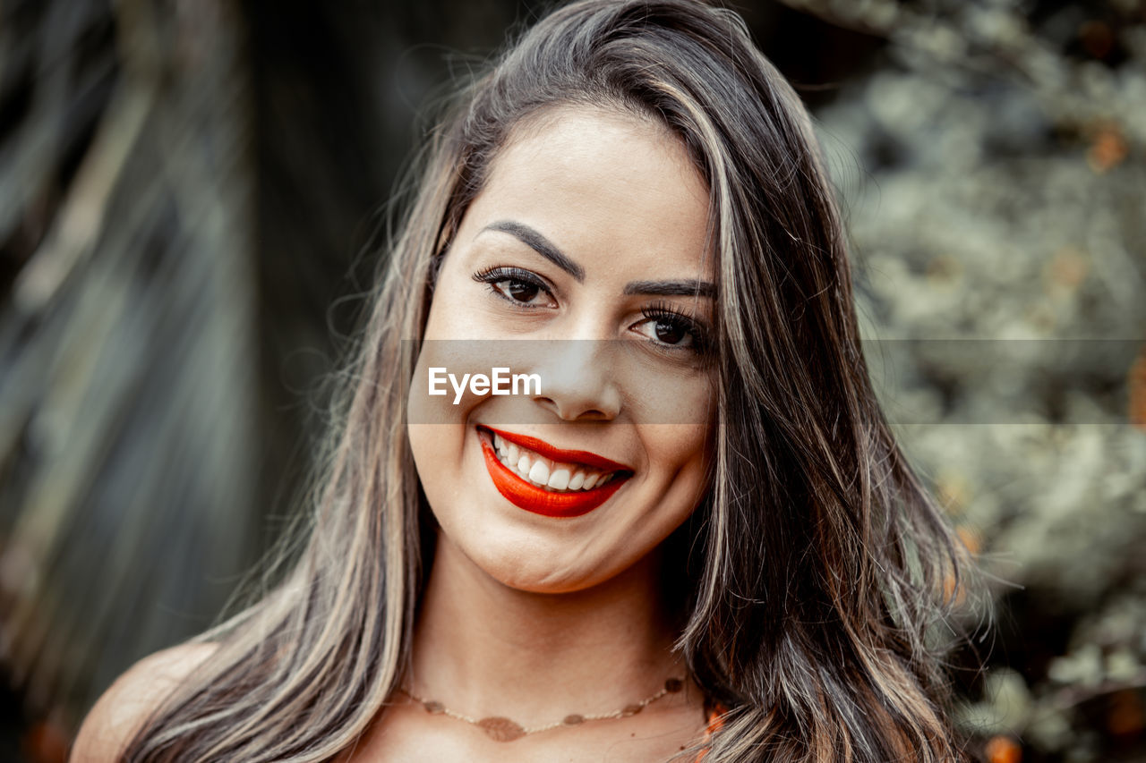 young adult, young women, smiling, portrait, headshot, happiness, emotion, women, front view, one person, toothy smile, teeth, beauty, beautiful woman, focus on foreground, real people, looking at camera, close-up, hair, hairstyle, human face, mouth open