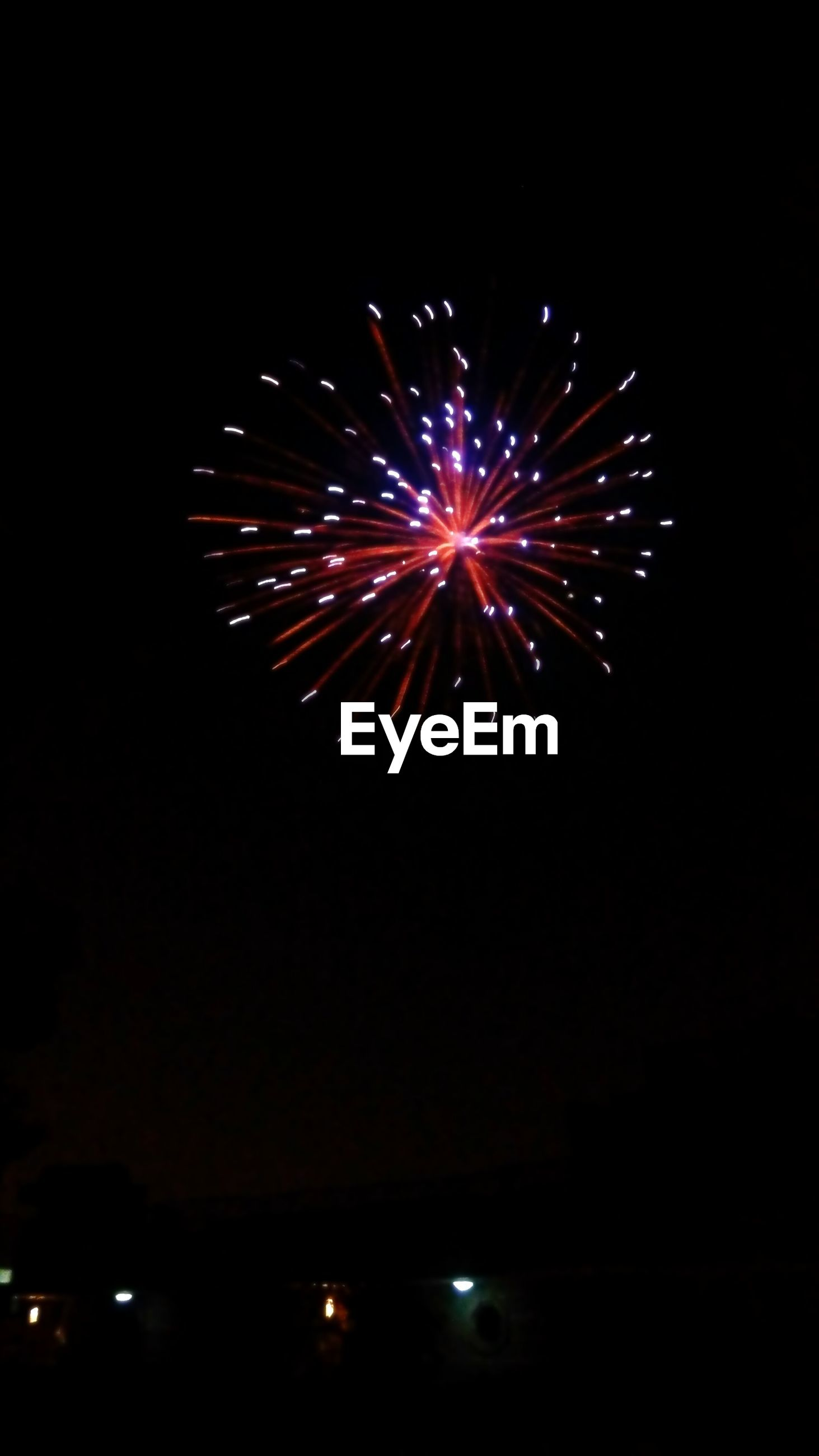 night, illuminated, firework display, celebration, exploding, glowing, long exposure, firework - man made object, motion, low angle view, event, firework, arts culture and entertainment, sparks, dark, sky, copy space, blurred motion, entertainment, celebration event