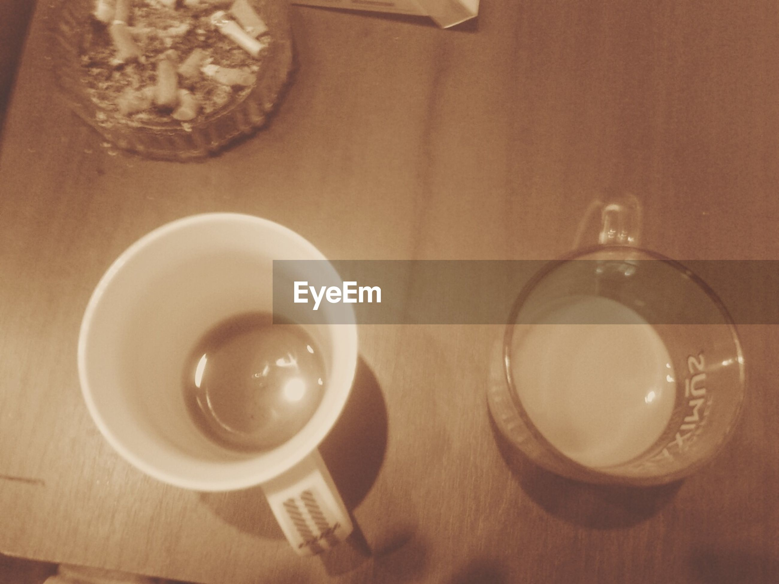 coffee cup, refreshment, coffee - drink, saucer, still life, cup, coffee, tea cup, close-up, no people, beverage, empty