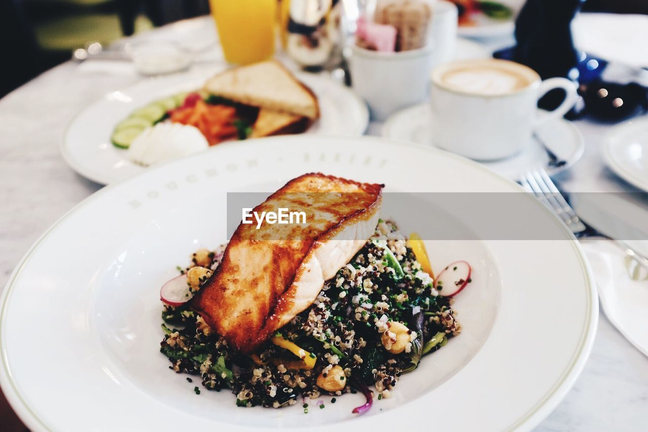 plate, food and drink, food, ready-to-eat, serving size, table, freshness, indoors, healthy eating, meal, indulgence, close-up, breakfast, no people, meat, place setting, seafood, day