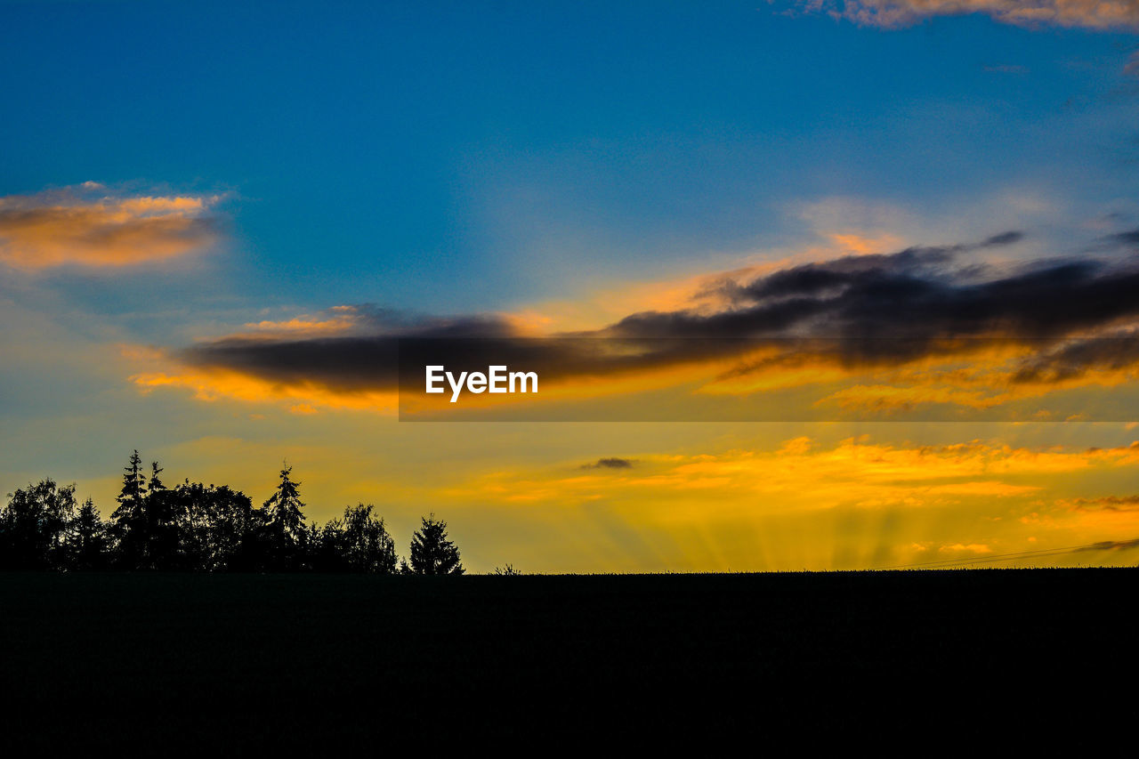 silhouette, sunset, sky, nature, tree, beauty in nature, tranquil scene, landscape, tranquility, scenics, cloud - sky, no people, outdoors
