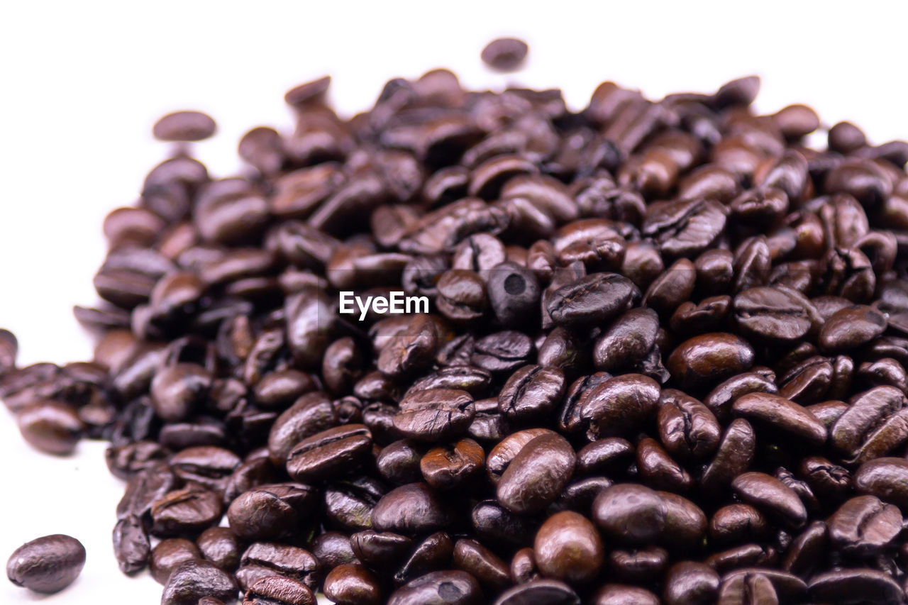 roasted coffee bean, food and drink, coffee, coffee - drink, food, white background, close-up, still life, indoors, large group of objects, freshness, no people, brown, abundance, studio shot, heap, roasted, caffeine, focus on foreground, selective focus, temptation