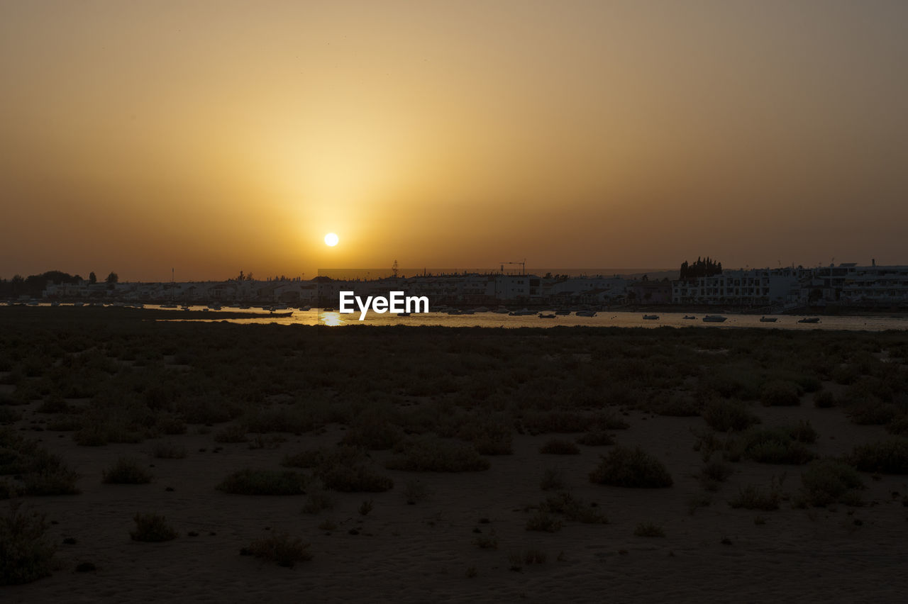 sunset, sun, sky, nature, no people, outdoors, landscape, cityscape, clear sky, beauty in nature, city