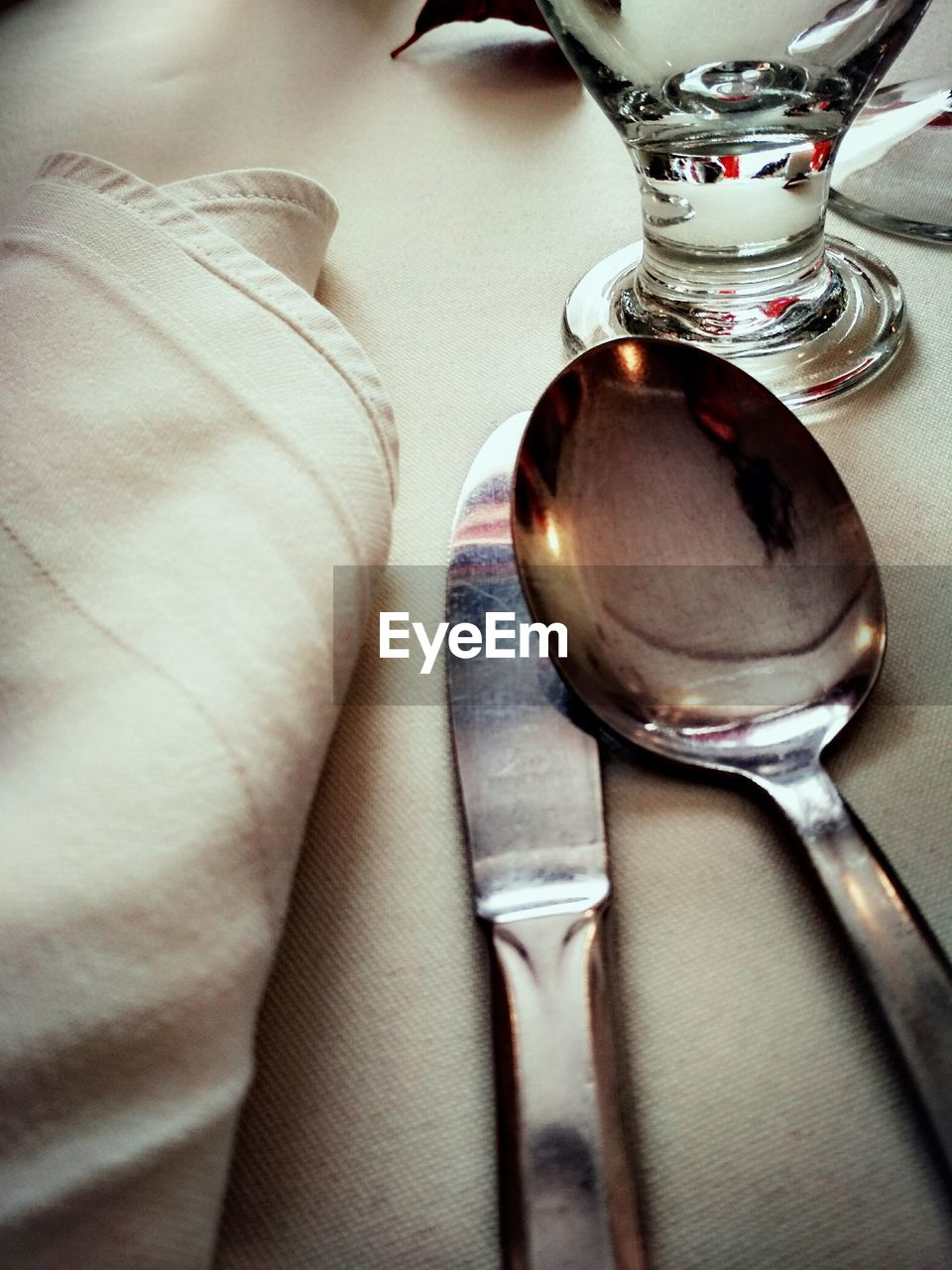 indoors, table, food and drink, one person, close-up, real people, low section, food, freshness, day, people