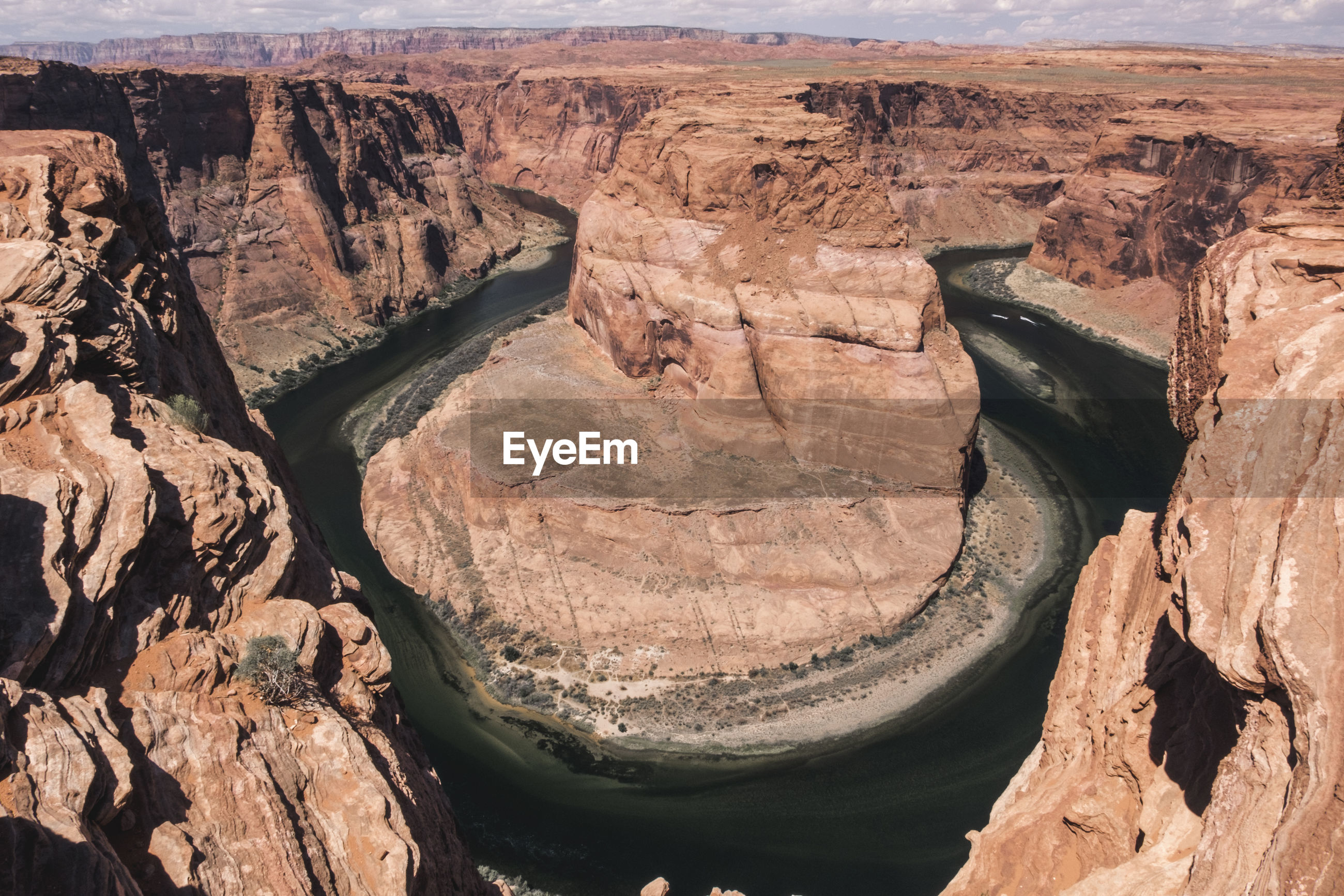 Scenic view of horseshoe bend and colorado river