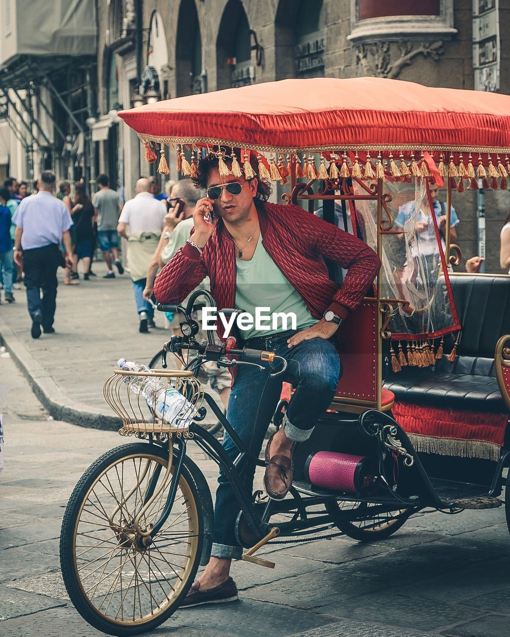 bicycle, real people, transportation, street, outdoors, mode of transport, travel, day, city life, city, market, full length, men, women, large group of people, building exterior, architecture, young adult, adult, people