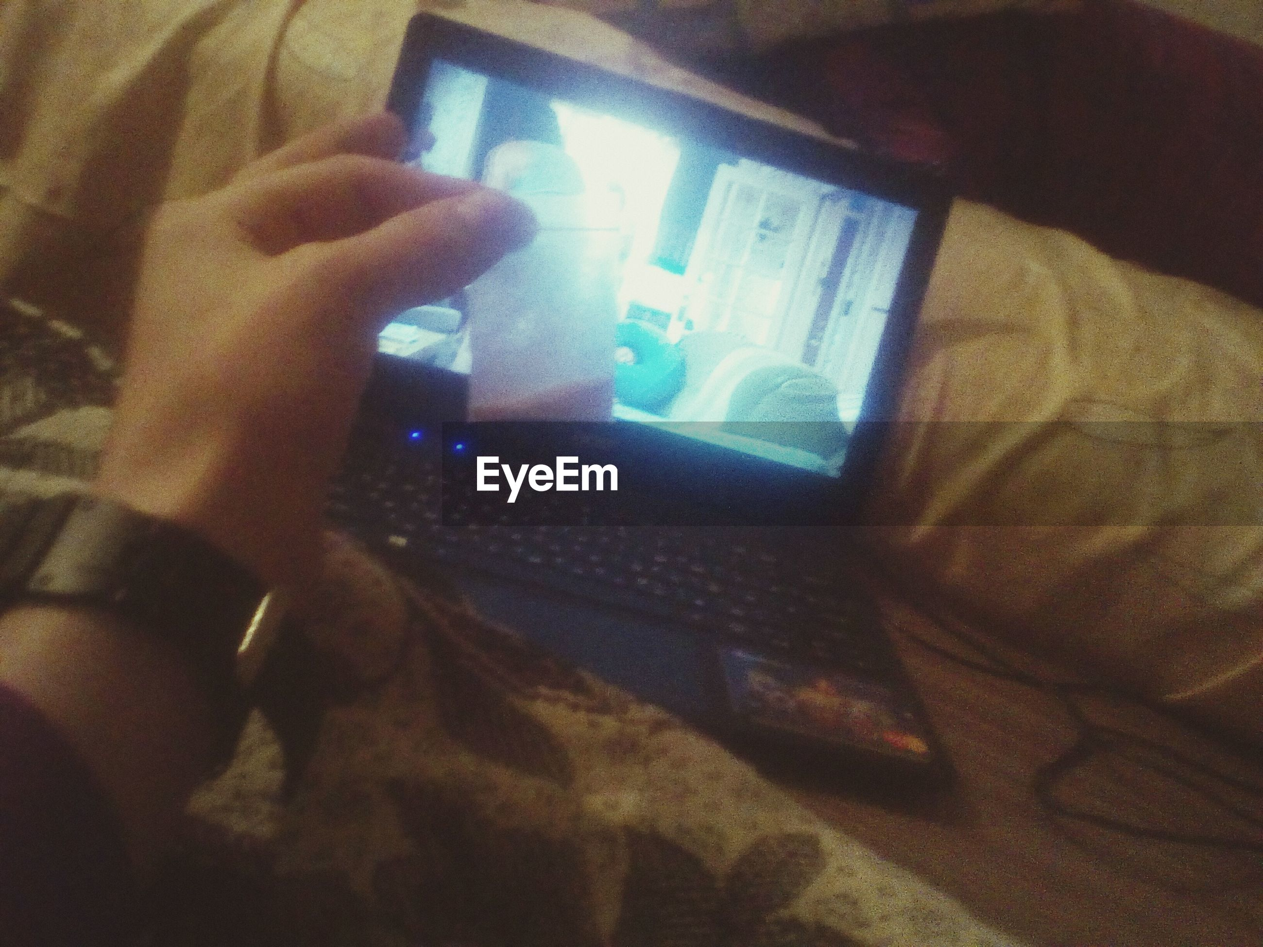 technology, wireless technology, communication, one person, indoors, human body part, real people, portable information device, connection, close-up, human hand, people, adults only, men, adult, day