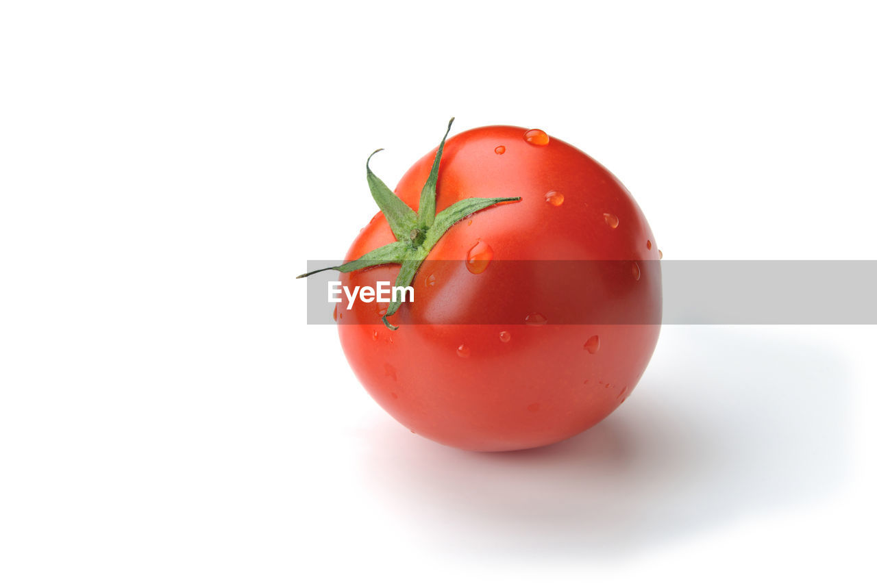 tomato, vegetable, red, food, food and drink, white background, healthy eating, close-up, freshness, ripe, studio shot, no people, growth, day