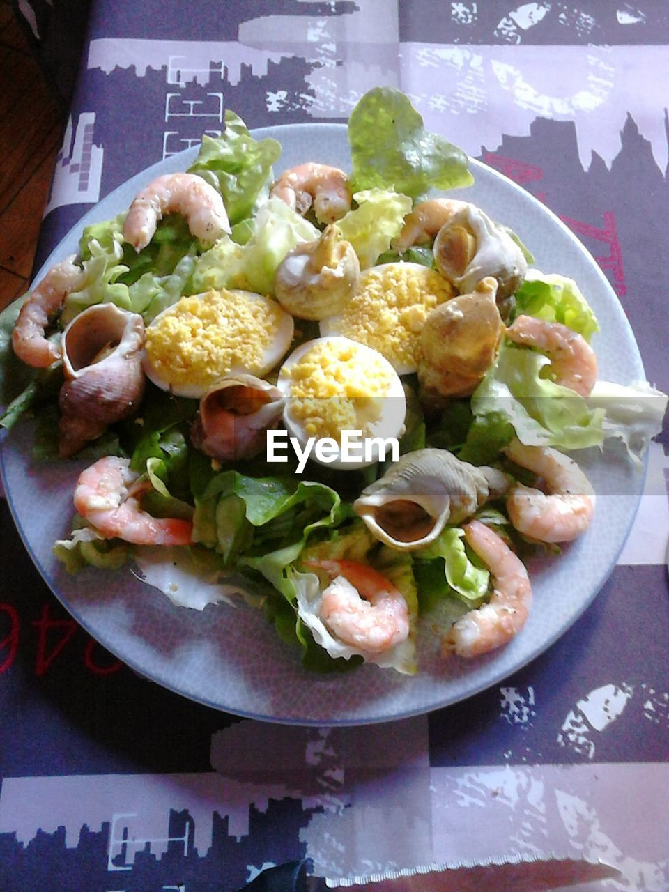 food and drink, food, plate, healthy eating, indoors, freshness, ready-to-eat, no people, table, serving size, bowl, close-up, day