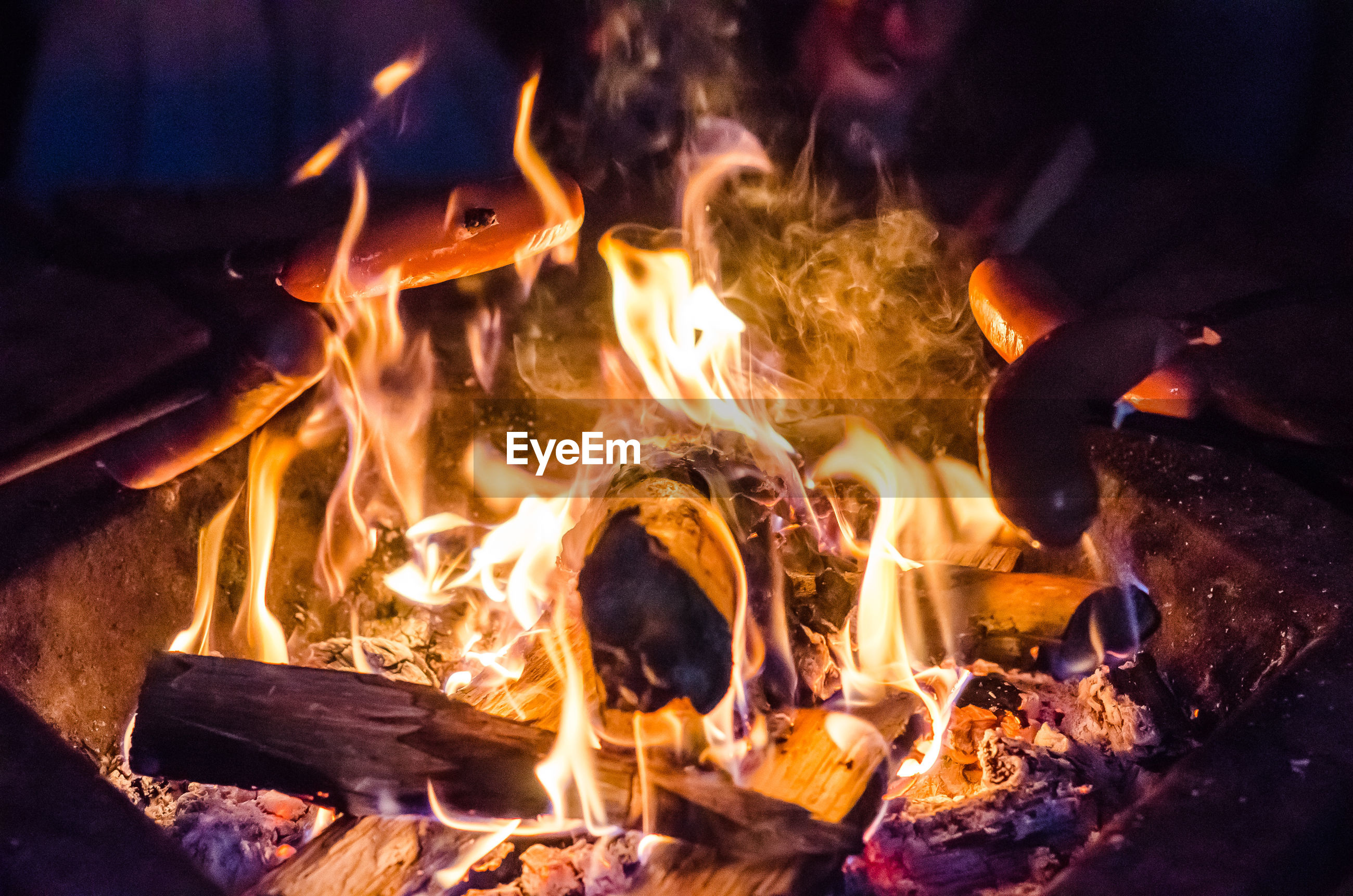 CLOSE-UP OF FIRE IN THE NIGHT