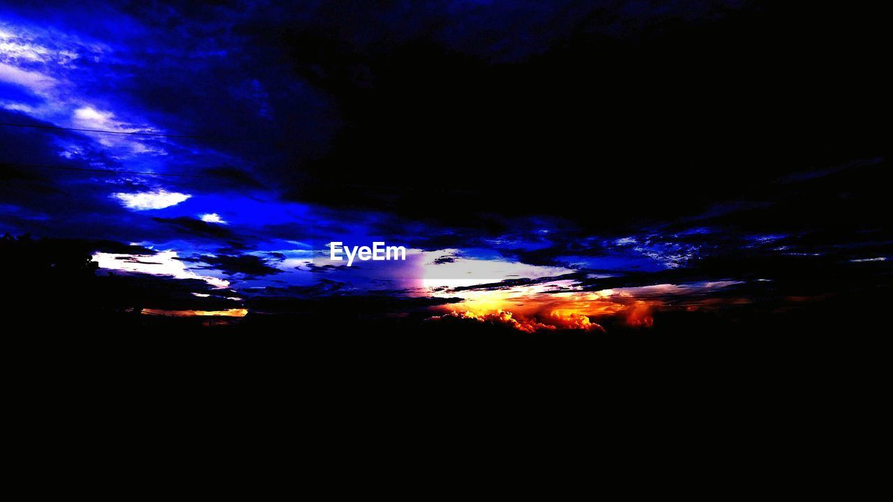 silhouette, cloud - sky, sunset, sky, nature, no people, beauty in nature, outdoors, night, scenics, astronomy, close-up