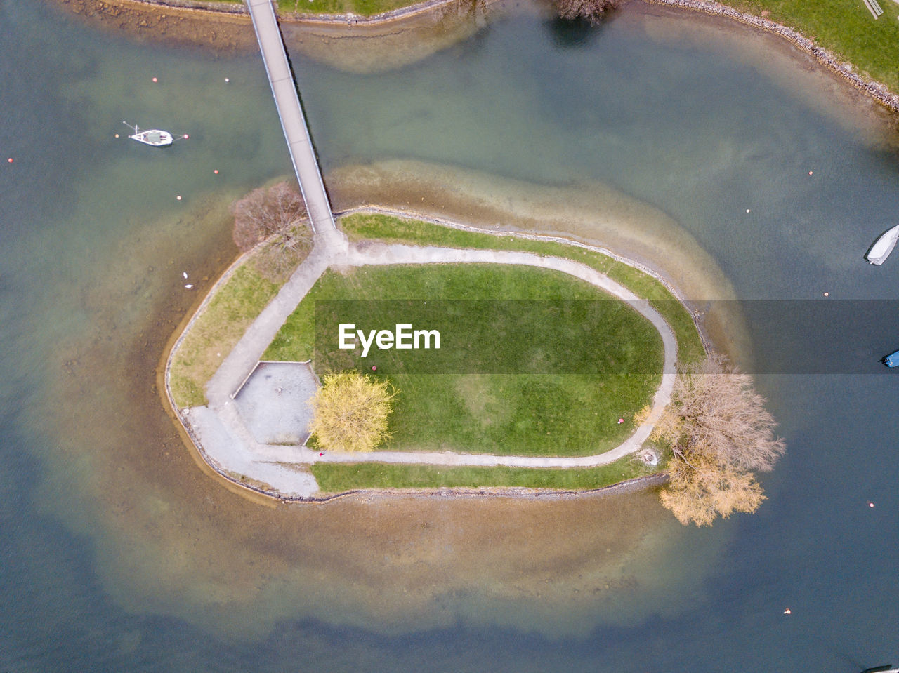high angle view, no people, sport, day, court, basketball - sport, grass, outdoors, nature, green color, water, empty, plant, close-up, city, playground, reflection, pond, absence