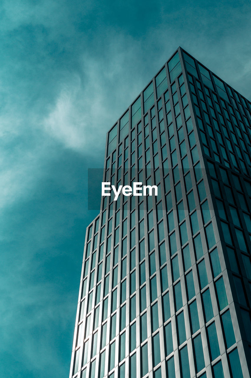 architecture, building exterior, built structure, low angle view, building, sky, cloud - sky, office building exterior, office, modern, city, day, tall - high, nature, no people, skyscraper, tower, reflection, outdoors, glass - material
