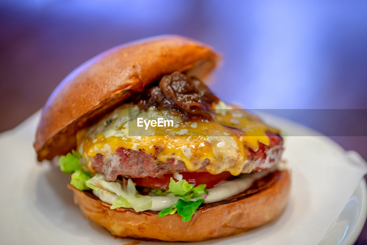 ready-to-eat, food and drink, food, sandwich, freshness, close-up, still life, plate, fast food, burger, unhealthy eating, serving size, bread, focus on foreground, no people, indoors, meat, indulgence, table, bun, hamburger, fried egg, breakfast, temptation