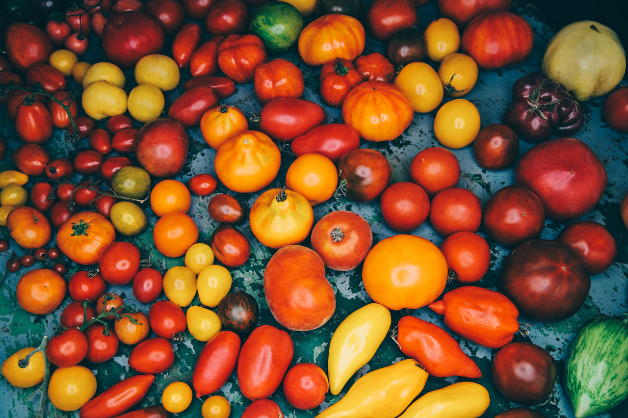 food and drink, food, freshness, vegetable, healthy eating, large group of objects, wellbeing, red, fruit, abundance, pepper, still life, choice, no people, tomato, orange color, full frame, backgrounds, yellow, variation, paprika, orange