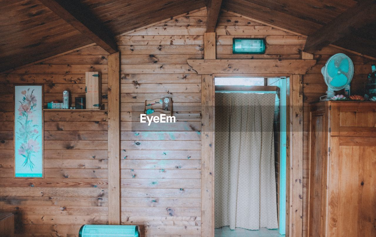 wood - material, indoors, no people, architecture, day, entrance, built structure, domestic room, door, old, absence, house, home interior, wood, wall - building feature, window, wall, log cabin, building, ceiling, cottage