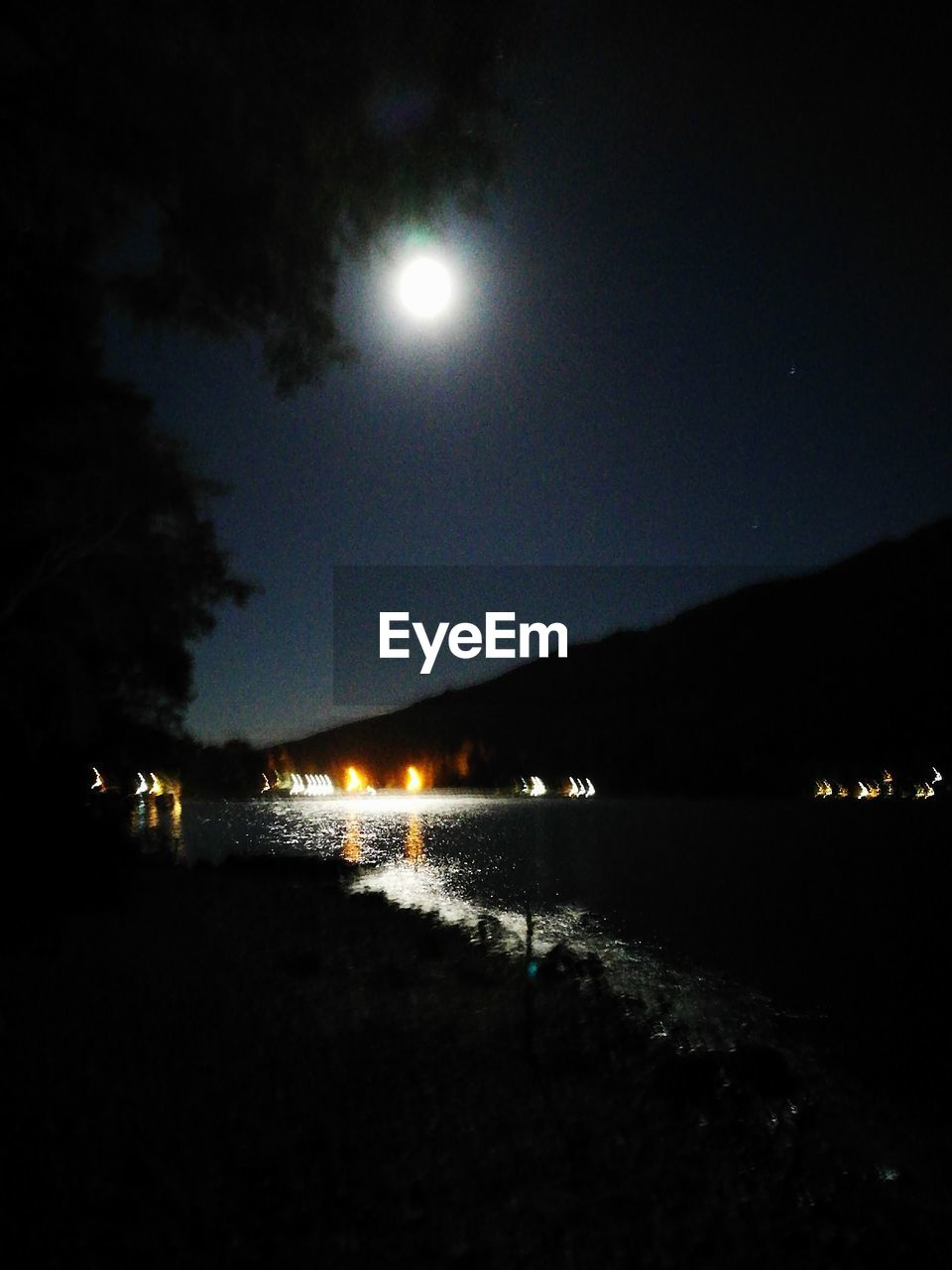 night, illuminated, moon, sky, water, nature, sea, outdoors, beach, moonlight, beauty in nature, scenics, no people