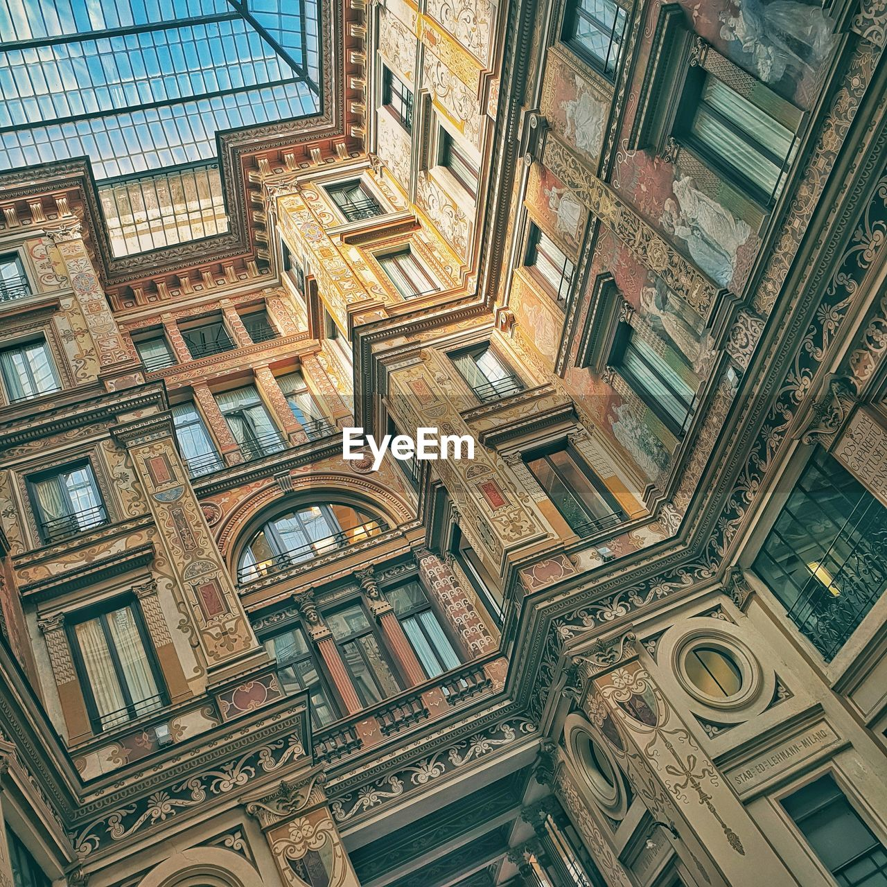 architecture, built structure, building exterior, building, window, no people, low angle view, day, pattern, full frame, design, history, the past, travel destinations, backgrounds, city, old, outdoors, ceiling, ornate, directly below