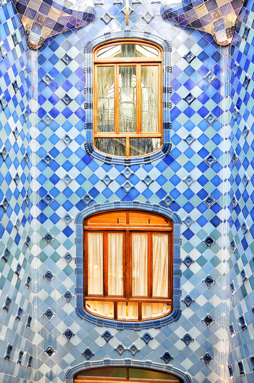 old-fashioned, no people, retro styled, pattern, indoors, day, architecture, close-up