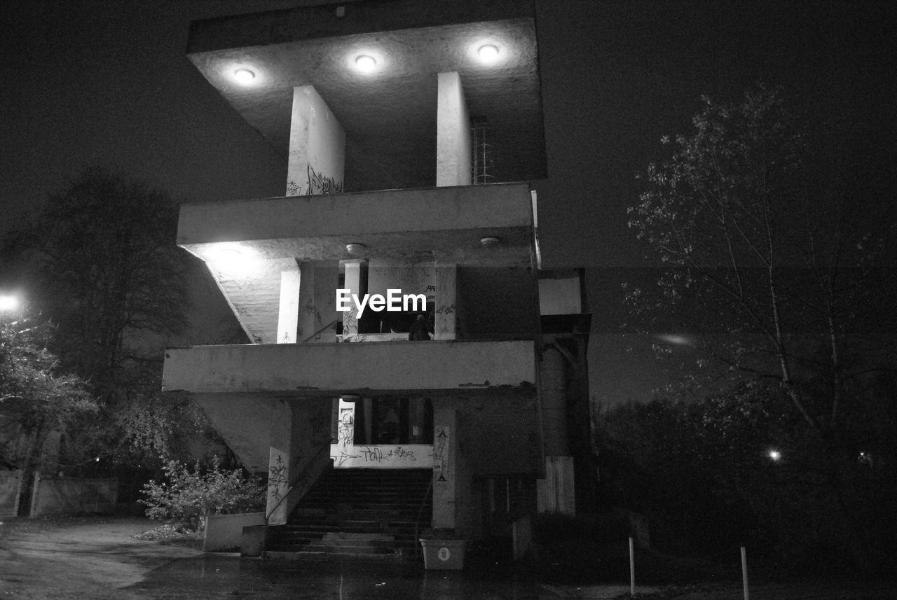 night, illuminated, lighting equipment, no people, outdoors, tree, street light, architecture, building exterior, sky, nature