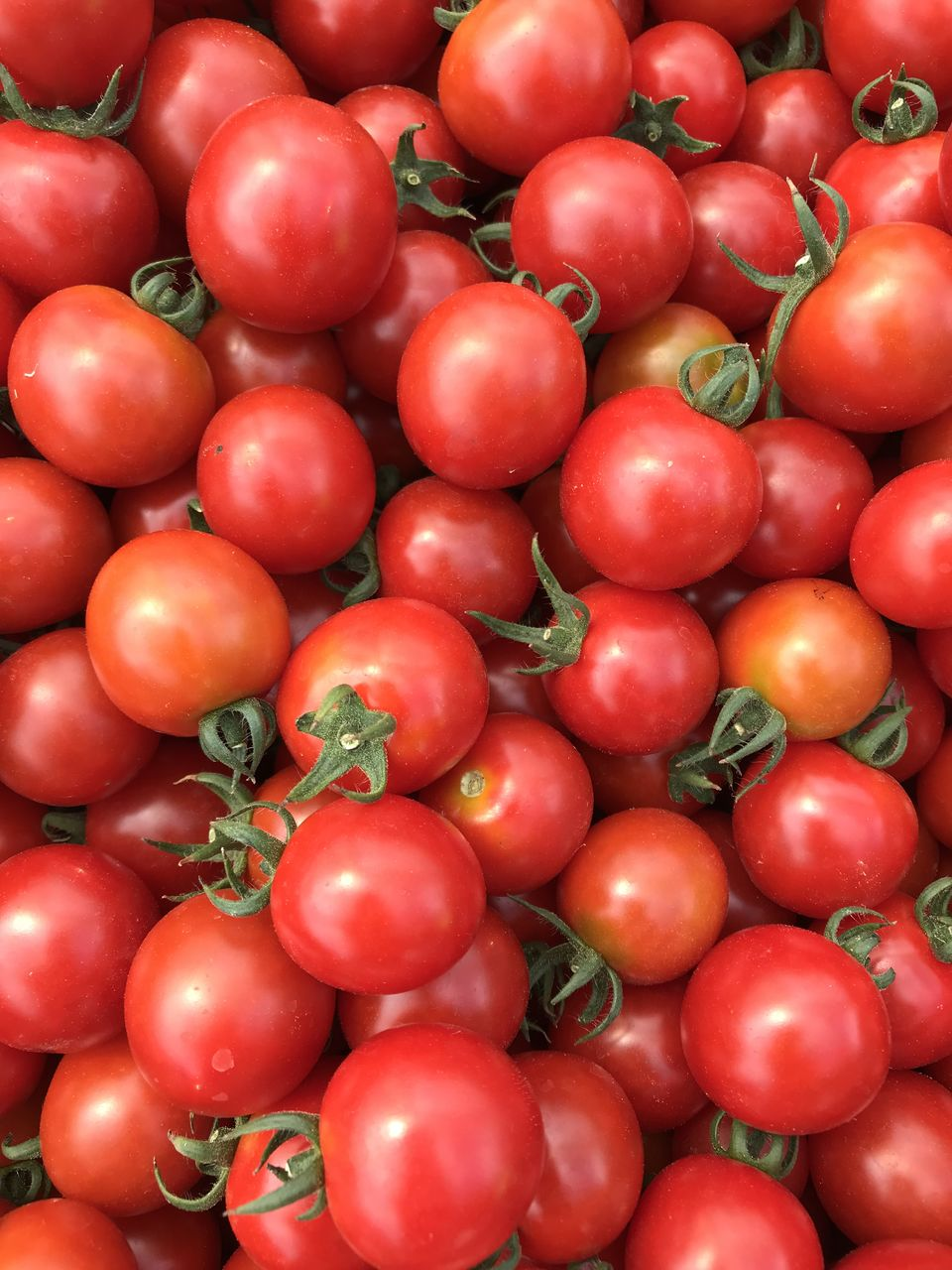 healthy eating, food and drink, food, wellbeing, red, vegetable, freshness, fruit, full frame, large group of objects, tomato, market, backgrounds, for sale, retail, abundance, still life, no people, close-up, day, sale, outdoors, ripe, retail display