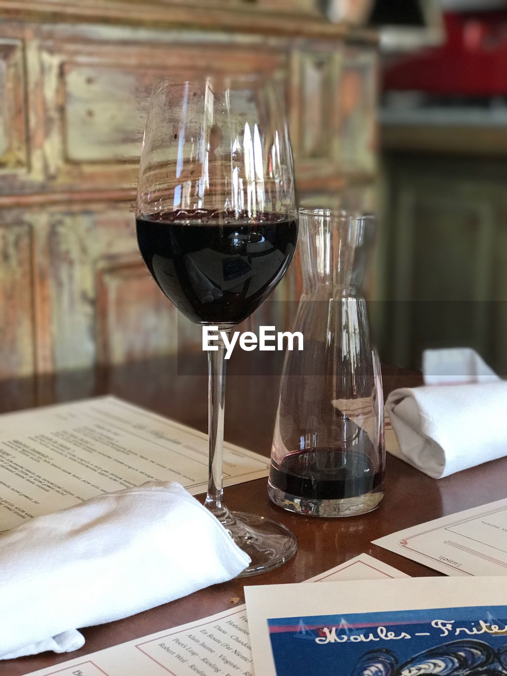wineglass, wine, red wine, table, food and drink, alcohol, refreshment, indoors, drink, no people, food, close-up, freshness, day