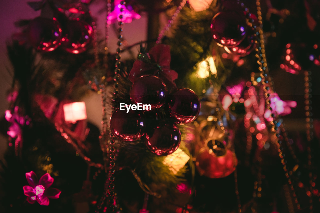 celebration, christmas, christmas tree, tradition, decoration, christmas decoration, hanging, christmas ornament, cultures, focus on foreground, indoors, bauble, holiday - event, close-up, no people, night, christmas lights, tree