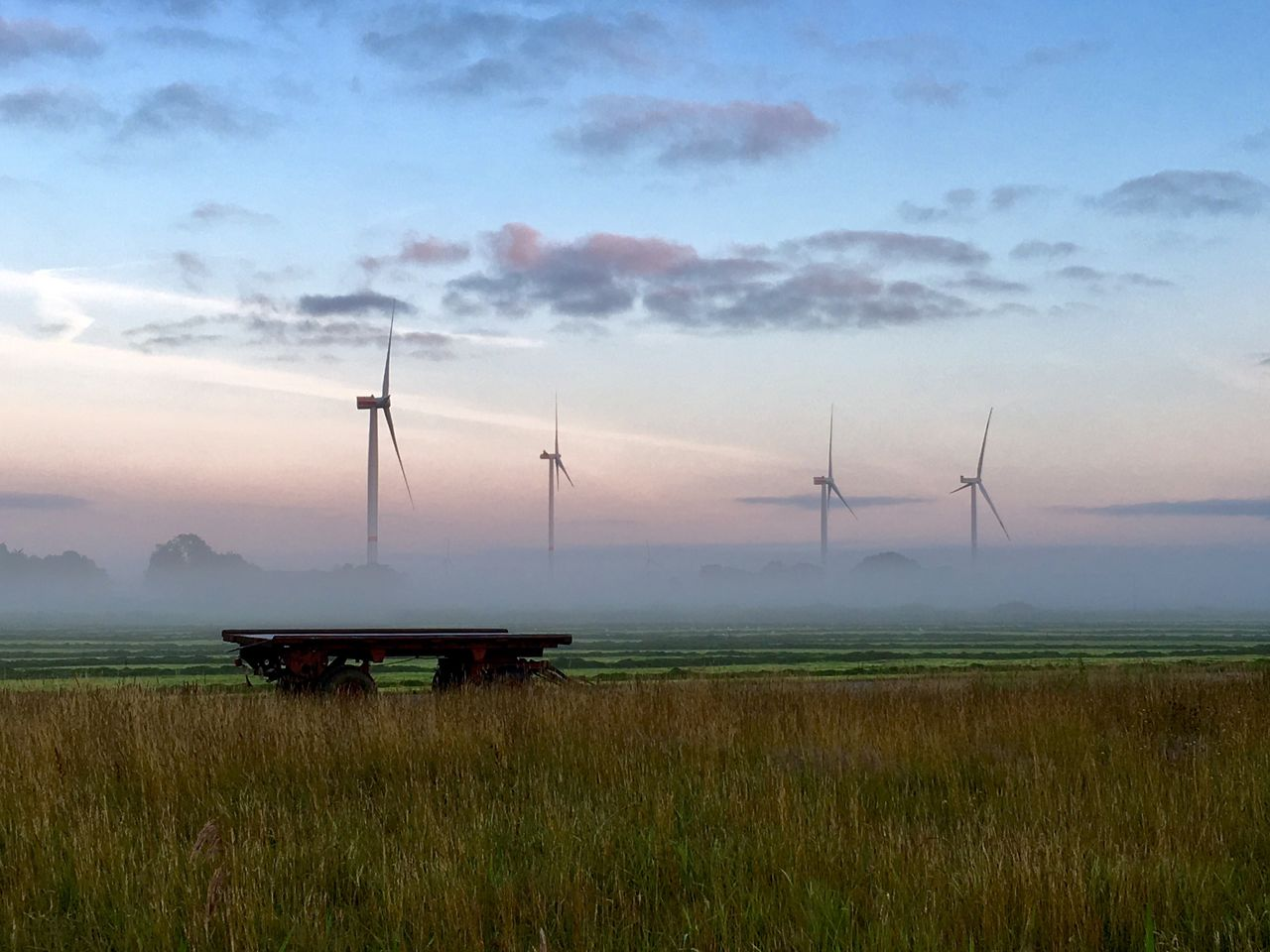 sky, cloud - sky, field, environment, turbine, wind turbine, land, fuel and power generation, grass, beauty in nature, scenics - nature, environmental conservation, renewable energy, nature, wind power, alternative energy, landscape, rural scene, no people, built structure