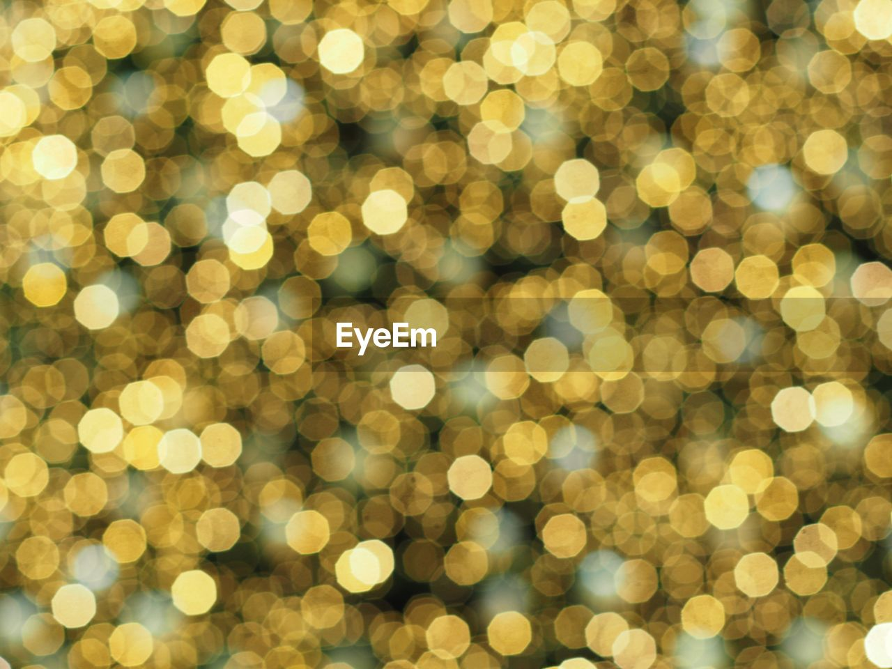 backgrounds, pattern, christmas, defocused, circle, geometric shape, shape, glowing, decoration, illuminated, holiday, abstract, no people, night, shiny, vibrant color, celebration, lighting equipment, gold colored, full frame, brightly lit, light, textured effect, bright