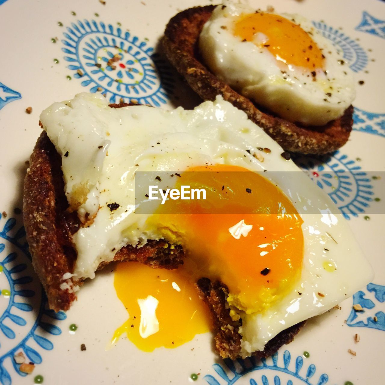 food, plate, food and drink, egg, breakfast, healthy eating, ready-to-eat, indoors, egg yolk, fried egg, no people, freshness, bread, close-up, meat, poached, day
