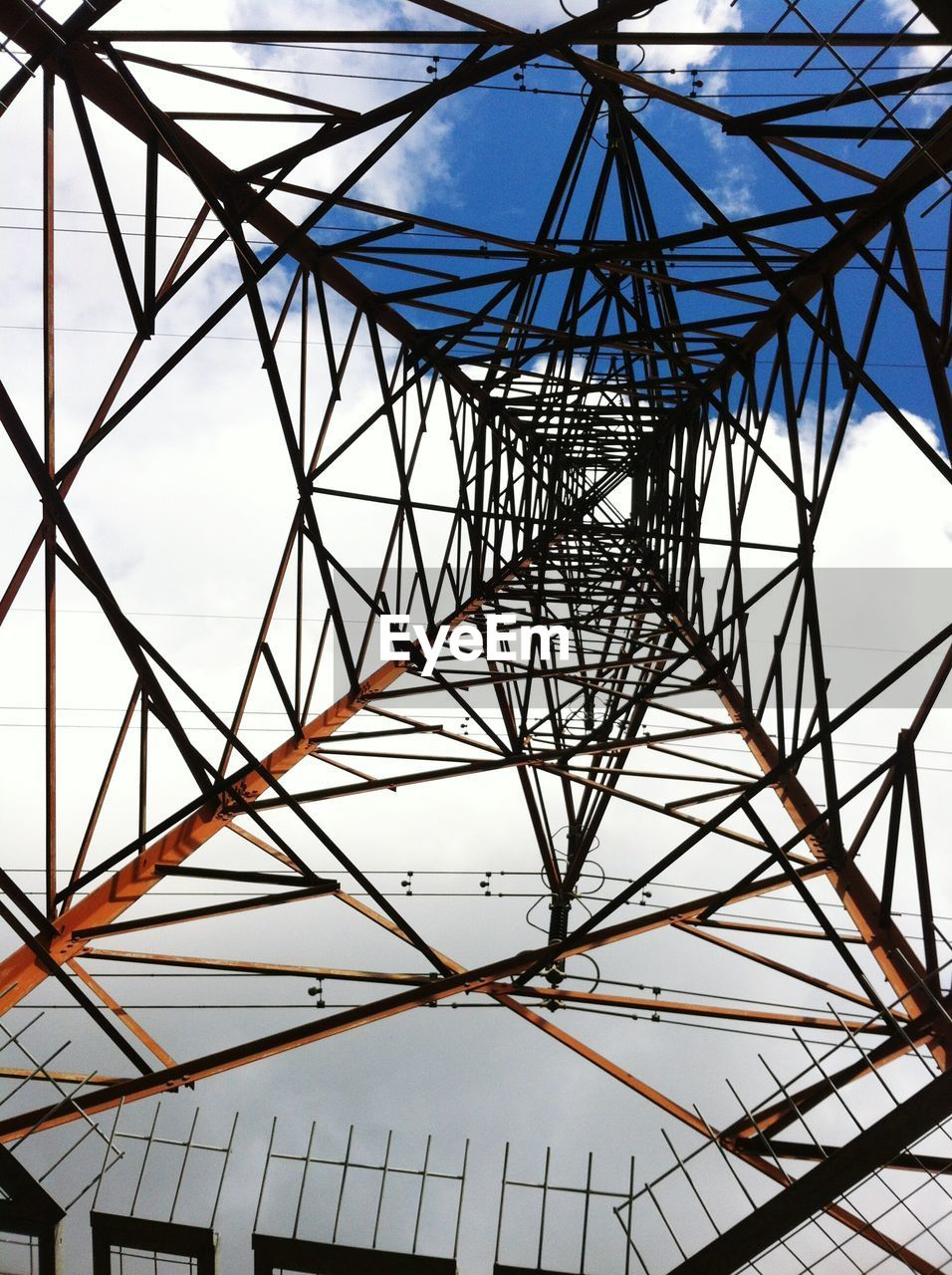 low angle view, day, no people, sky, electricity pylon, cable, outdoors, architecture, girder