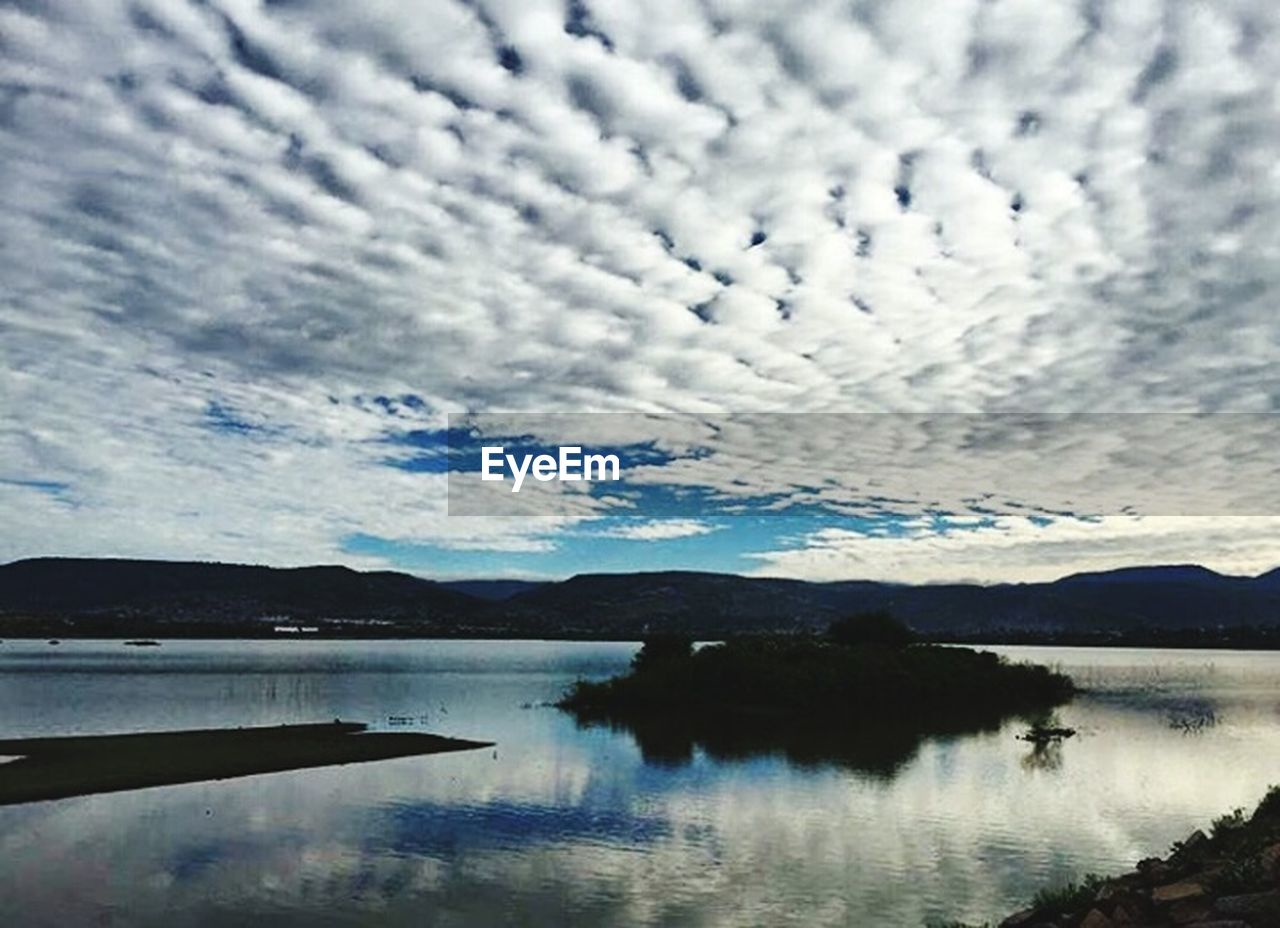 reflection, scenics, water, sky, tranquil scene, beauty in nature, tranquility, cloud - sky, lake, mountain, nature, no people, waterfront, outdoors, day, landscape, tree