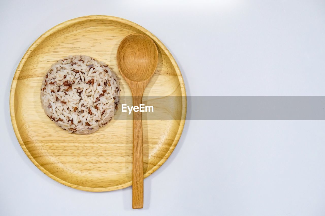 food and drink, white background, food, directly above, studio shot, no people, table, close-up, freshness, healthy eating, wheat, indoors, ready-to-eat, day