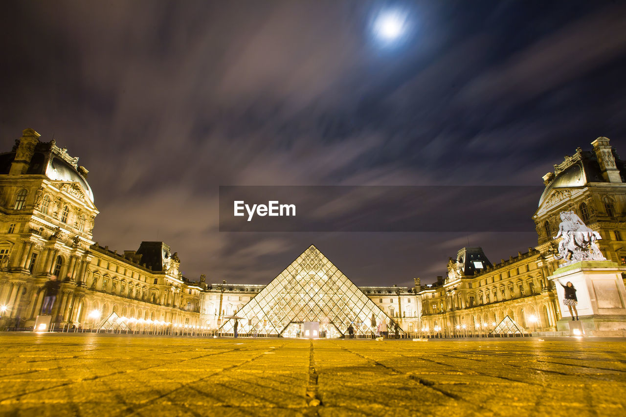 architecture, built structure, history, building exterior, sky, illuminated, cloud - sky, travel destinations, night, outdoors, no people, ancient civilization, nature