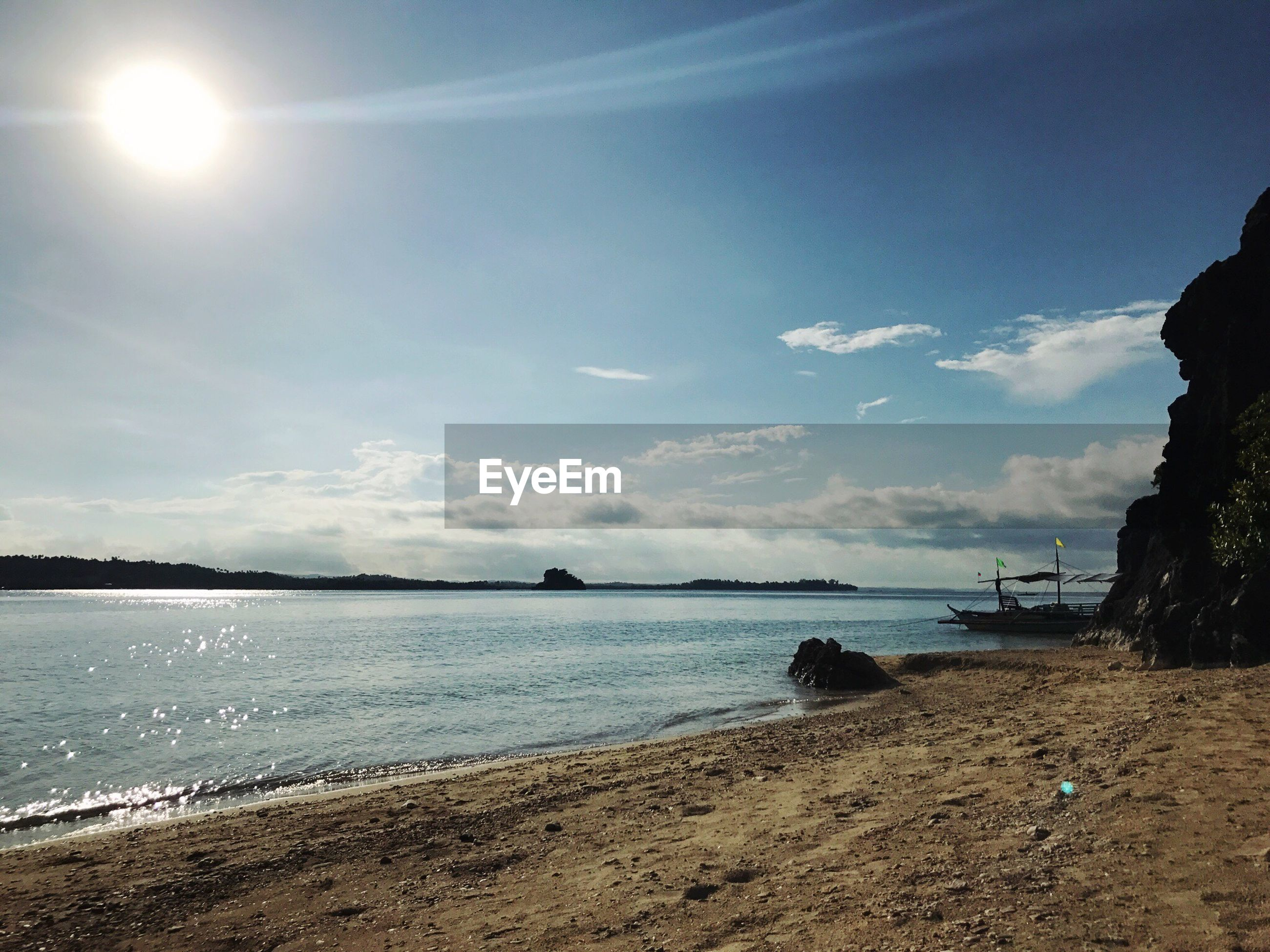sea, sky, water, beach, nature, sand, sunlight, beauty in nature, scenics, horizon over water, outdoors, sun, tranquility, day, no people