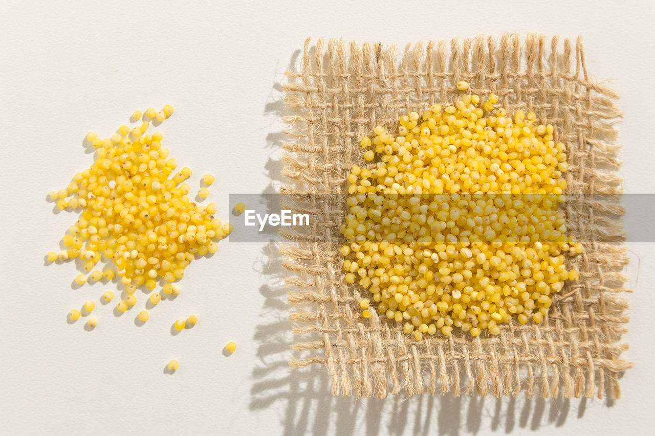 corn, yellow, corn on the cob, white background, food, food and drink, healthy eating, cereal plant, no people, studio shot, freshness, wellbeing, close-up, healthy lifestyle, indoors