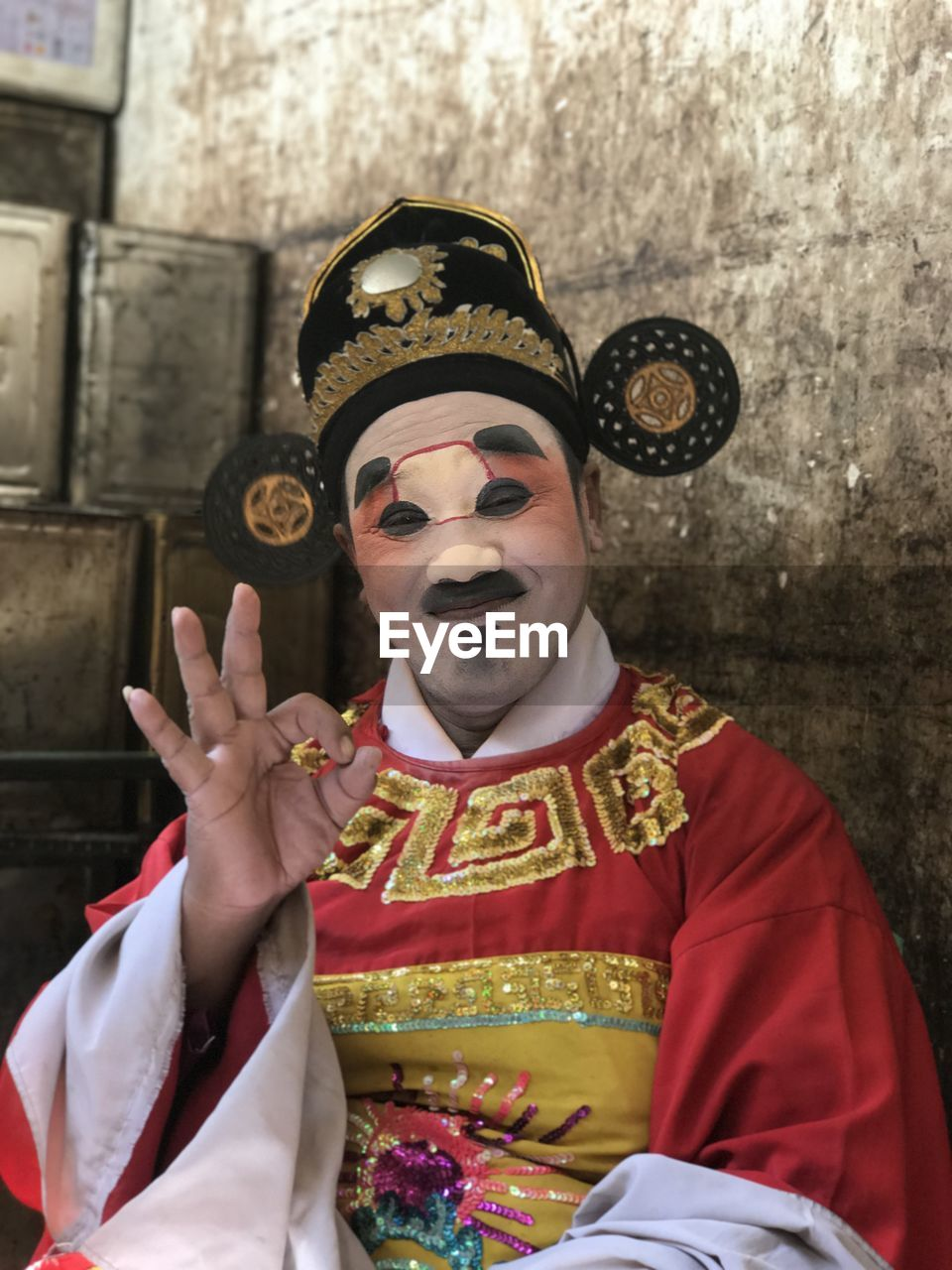 Actor Bangkok Buddhist Buddhist Temple Headwear One  de50f9b1abc
