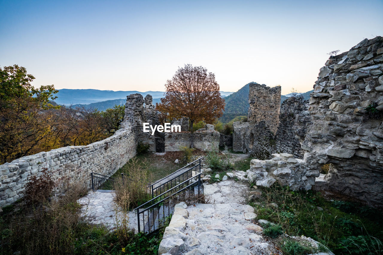 VIEW OF OLD RUINS