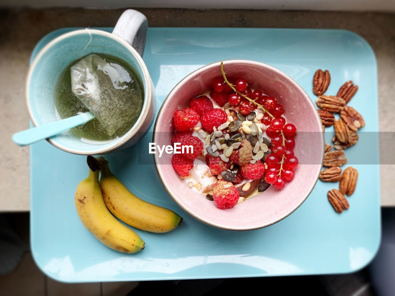 food and drink, food, healthy eating, fruit, freshness, wellbeing, table, banana, bowl, indoors, still life, ready-to-eat, high angle view, close-up, no people, meal, plate, directly above, eating utensil, serving size, breakfast