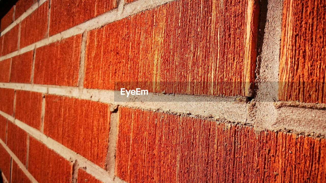 backgrounds, full frame, textured, wall - building feature, brick wall, day, built structure, outdoors, paint, brown, close-up, weathered, rough, no people, architecture, red, rusty, building exterior, line