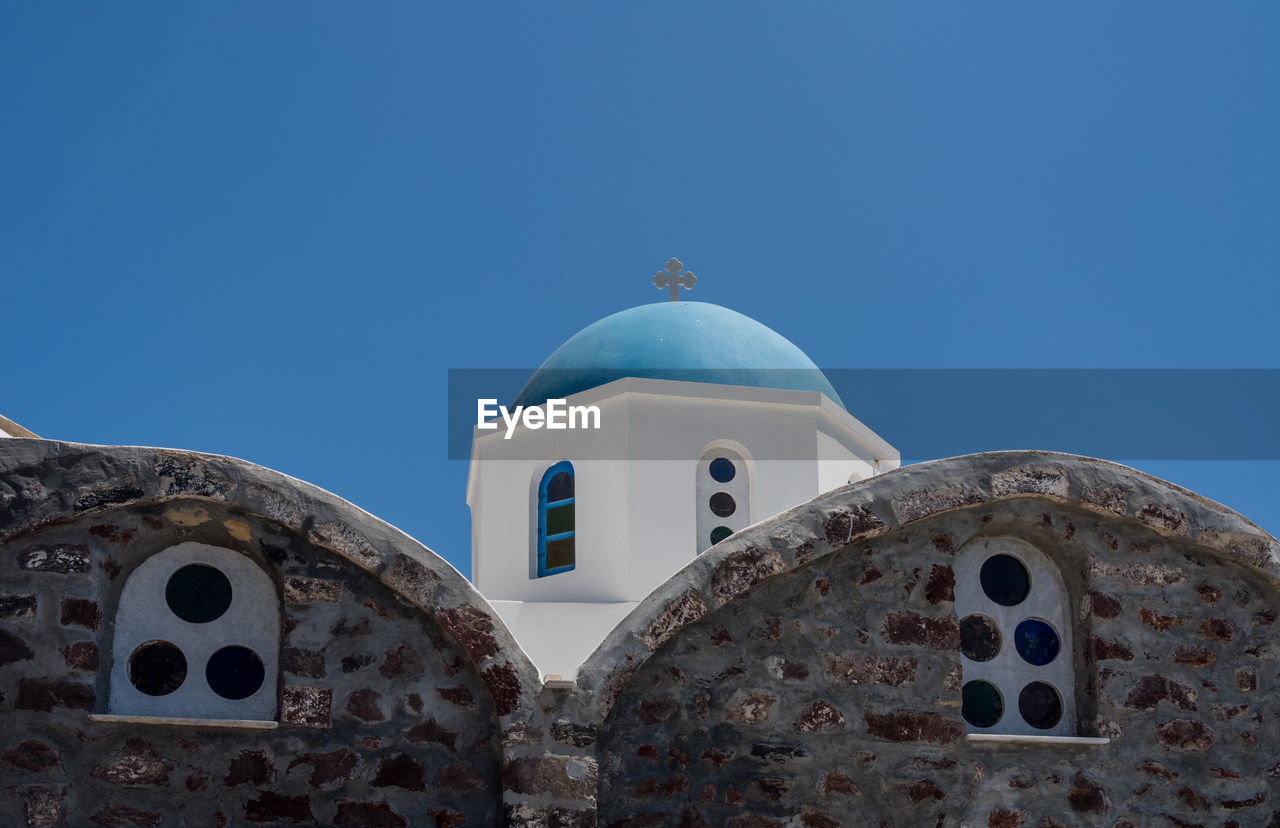 belief, sky, religion, spirituality, place of worship, built structure, blue, architecture, building exterior, clear sky, dome, no people, nature, copy space, building, low angle view, day