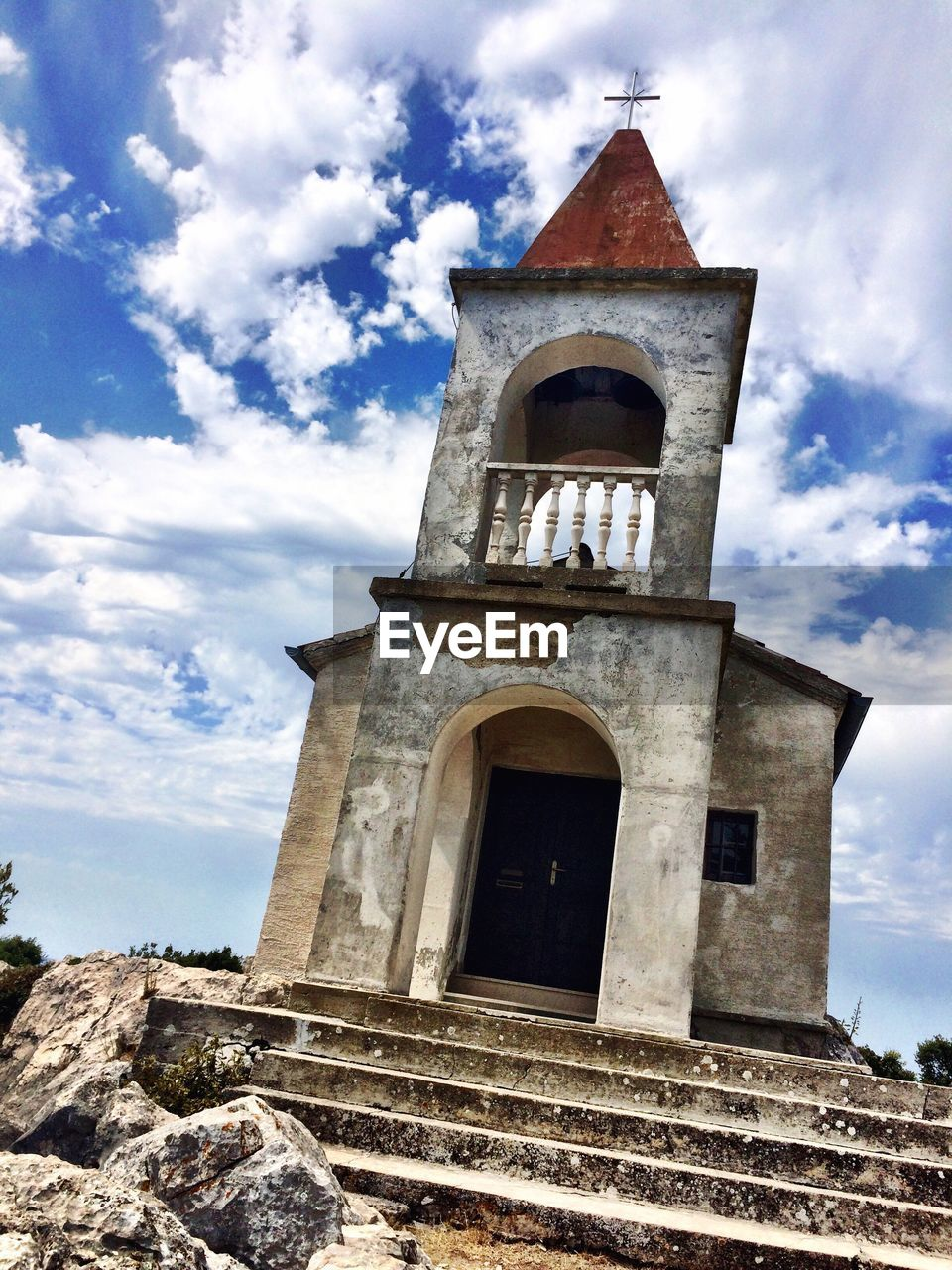 built structure, architecture, cloud - sky, sky, building exterior, building, religion, place of worship, belief, low angle view, spirituality, day, nature, no people, history, the past, tower, arch, outdoors