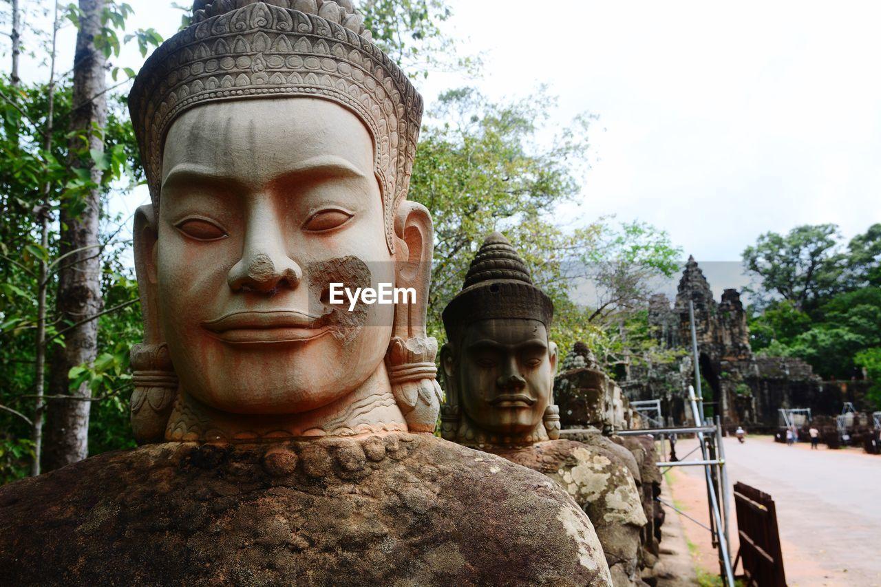 STATUE OF BUDDHA STATUE