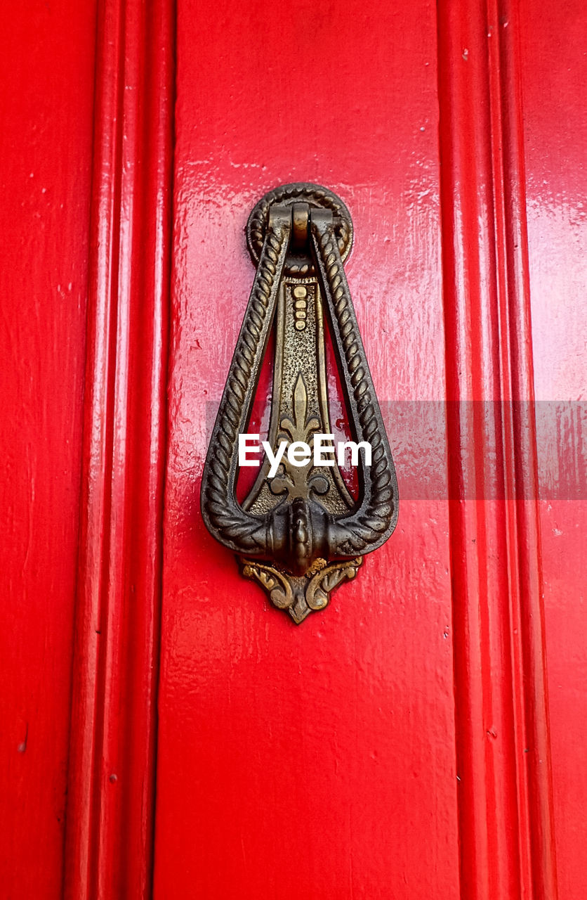 red, door, close-up, full frame, day, no people, outdoors, backgrounds, curtain