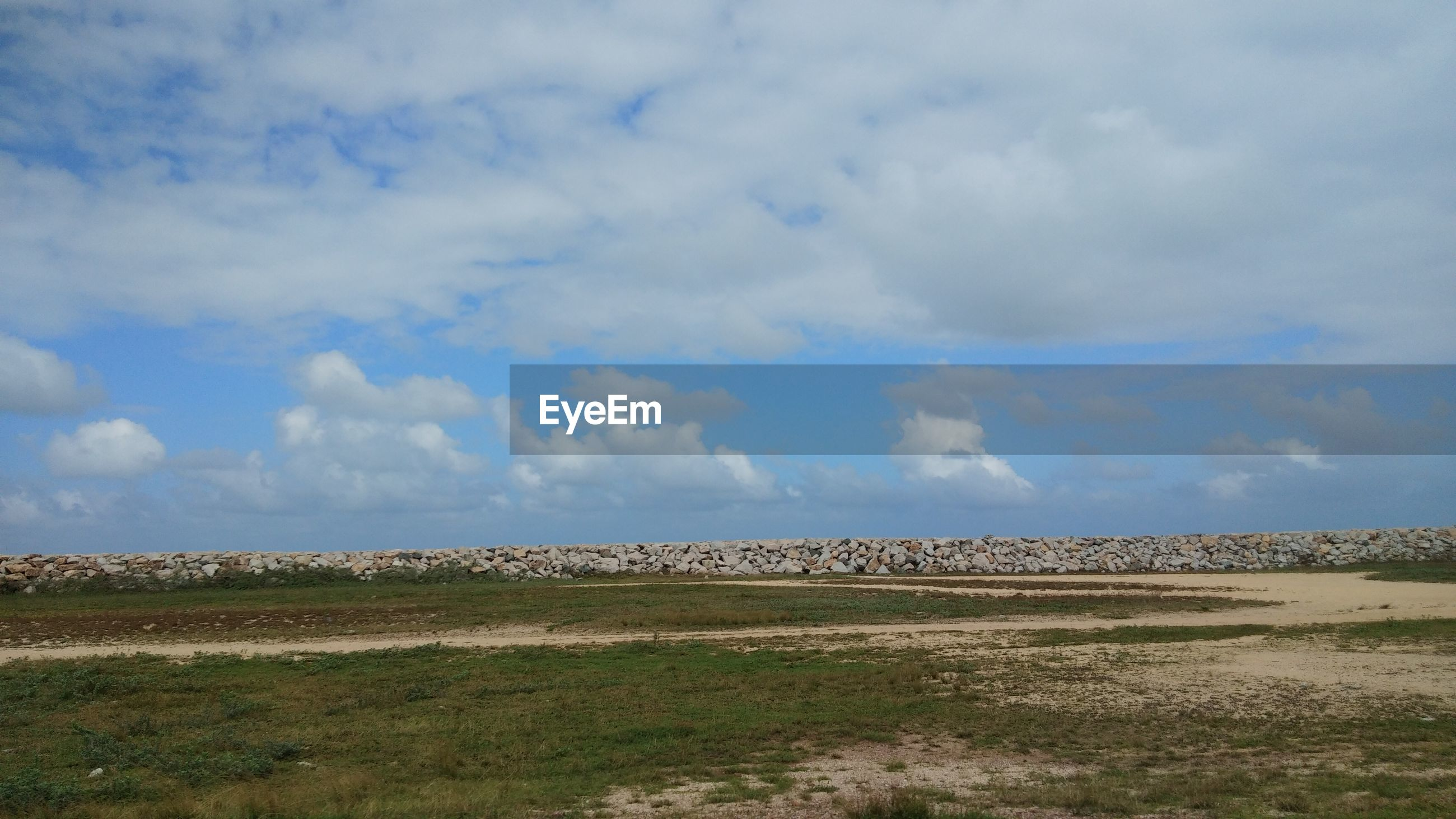 SCENIC VIEW OF BARREN LAND AGAINST SKY
