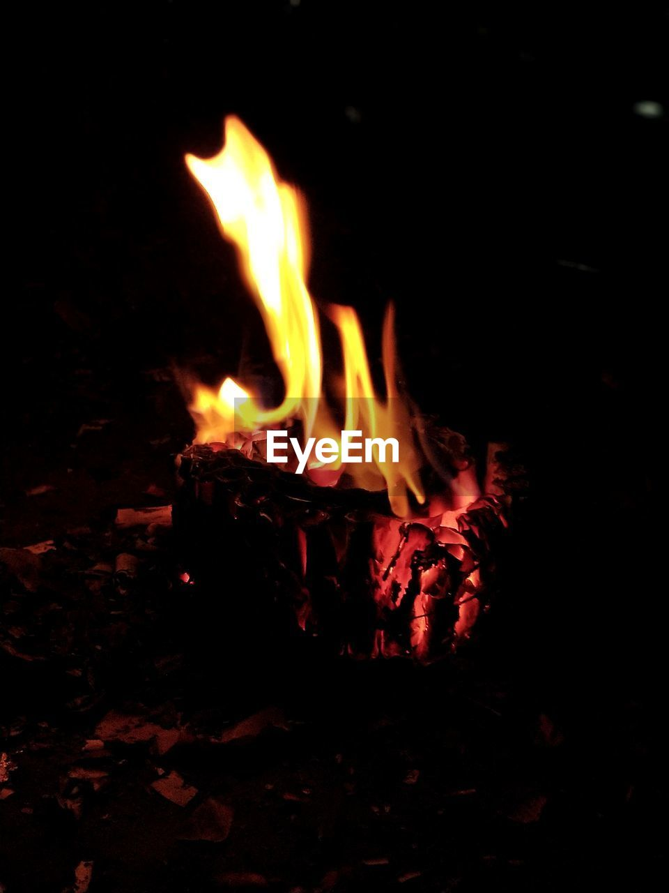 flame, burning, heat - temperature, night, glowing, no people, outdoors, bonfire, close-up, nature